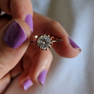 Crown Setting 9K Gold Filled Solitaire Sz. 8.5
